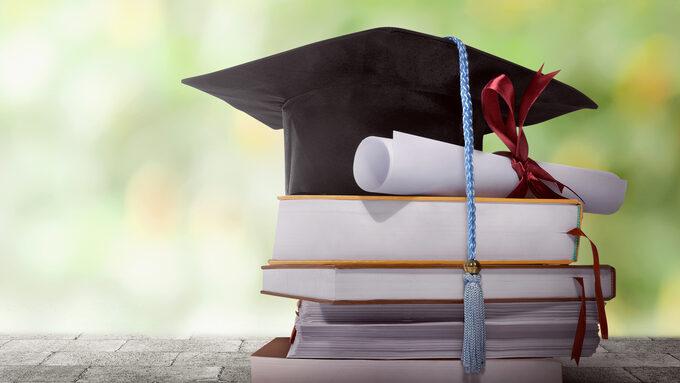 diplômes ©leolintang.jpg